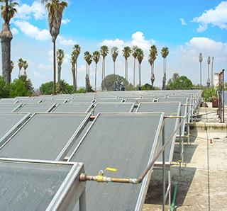 2000 m² de colectores solares para las regaderas de alumnos de la Universidad de Chapingo.